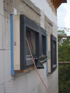 RD Dědice, osazení oken v pasivním domě